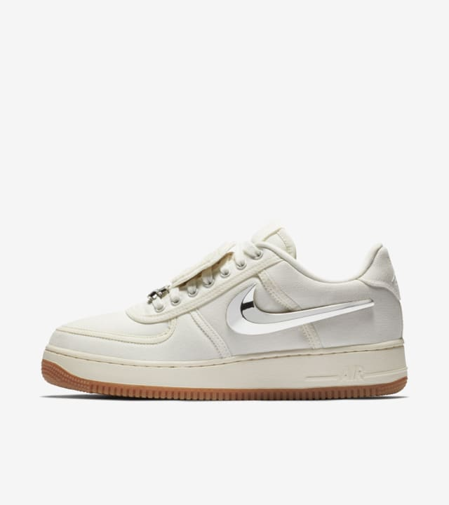 nike air force 1 per travis scot