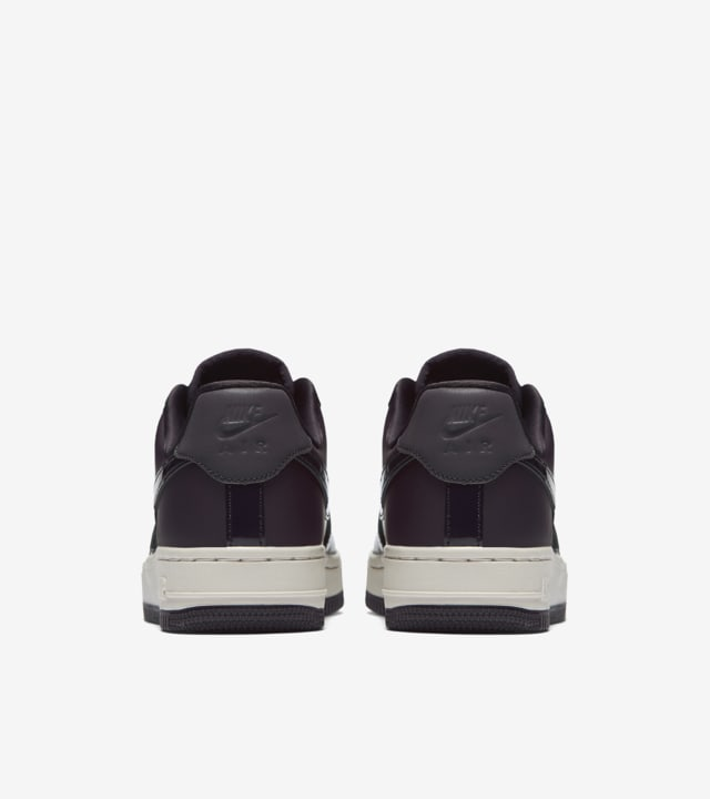luces Desde Retorcido  WMNS Nike Air Force 1 'Port Wine' Release Date. Nike SNKRS