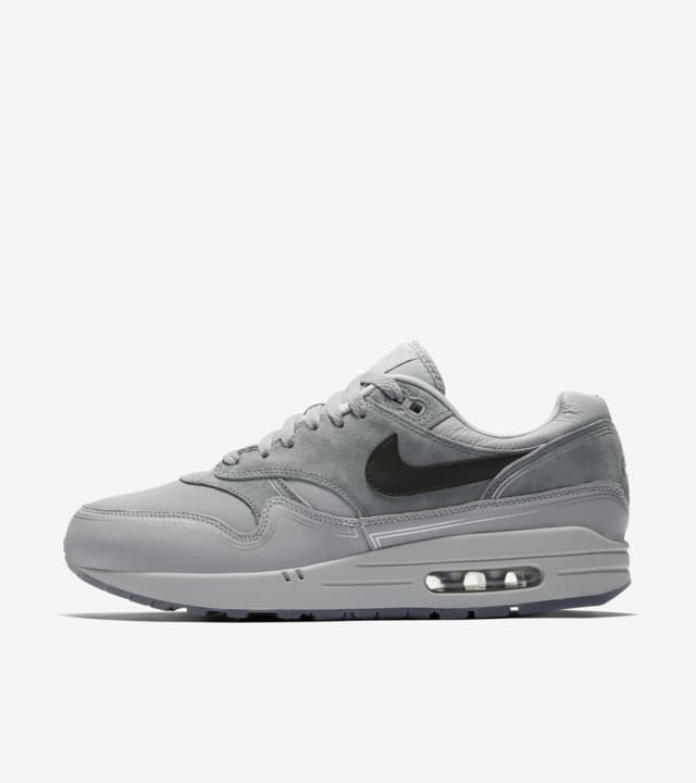 Nike Air Max 1 WE 'By Night' Release