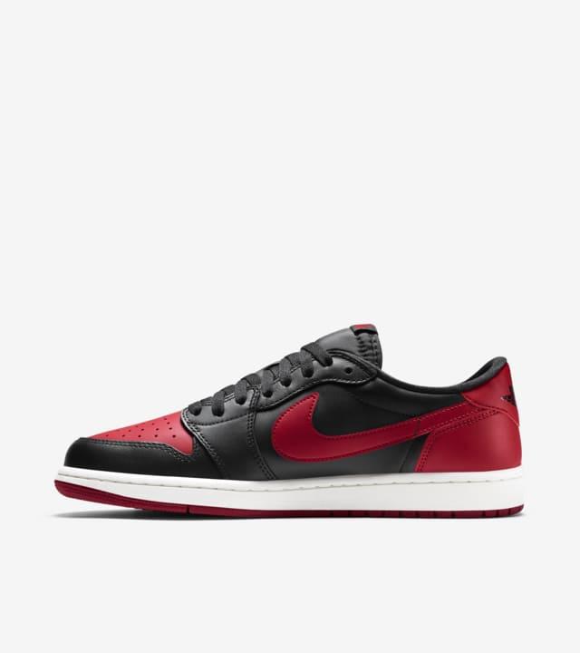 Air Jordan 1 Retro Low 'Black \u0026 Varsity