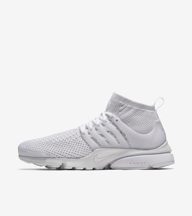 chaussure homme nike presto ultra