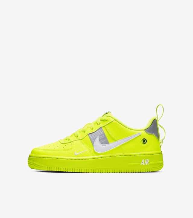 Nike Air Force 1 Lv8 Utility BG 'Volt