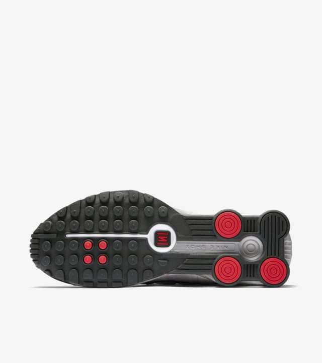 Nike Shox R4 'Black \u0026 Metallic Silver