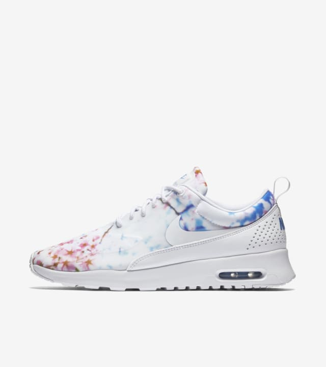 capital Semicírculo tímido  Women's Nike Air Max Thea 'Cherry Blossom'. Nike SNKRS