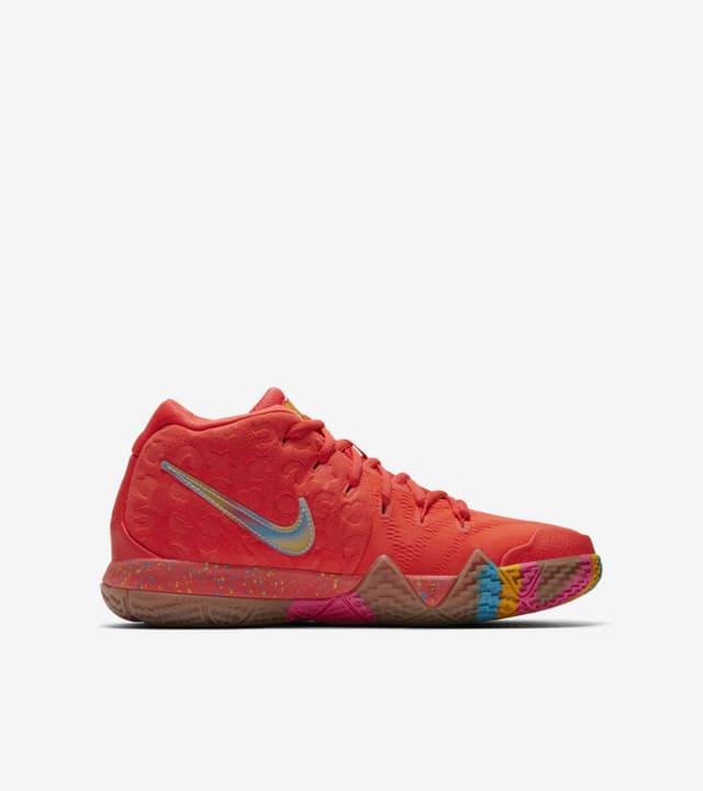 Nike Big Kids' Kyrie 4 'Lucky Charms