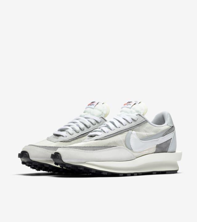 sacai x Nike LDWaffle 'Summit White