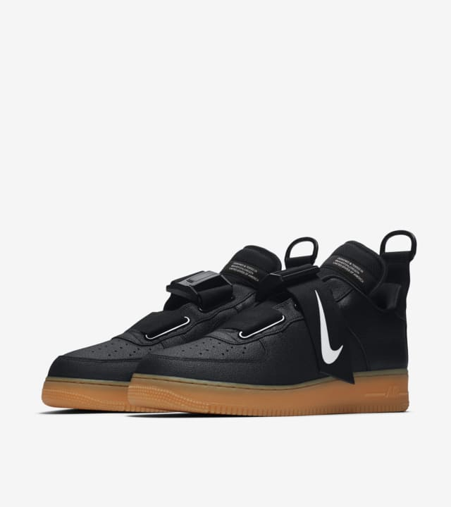 multa comprador Llorar  NIke Air Force 1 Utility 'Black & Gum Medium Brown' Release Date. Nike SNKRS