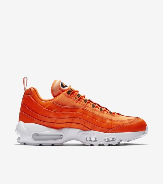 orange nike 95