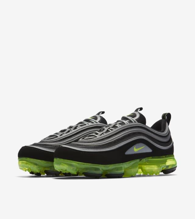 Date de sortie de la Nike Air Vapormax 97 « Black & Volt