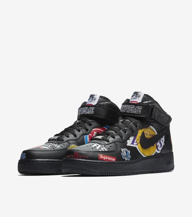 telegrama Suri Ambigüedad  Nike Air Force 1 Mid Supreme NBA 'Black' Release Date. Nike SNKRS