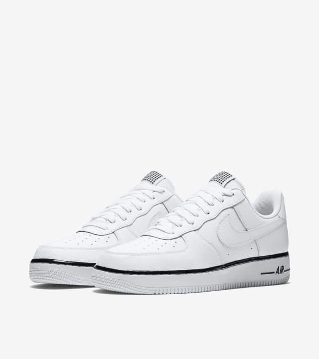 Nike Air Force 1 'Pivot White'. Nike SNKRS