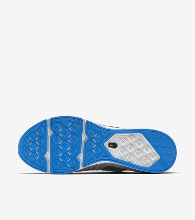 flyknit trainer grey blue