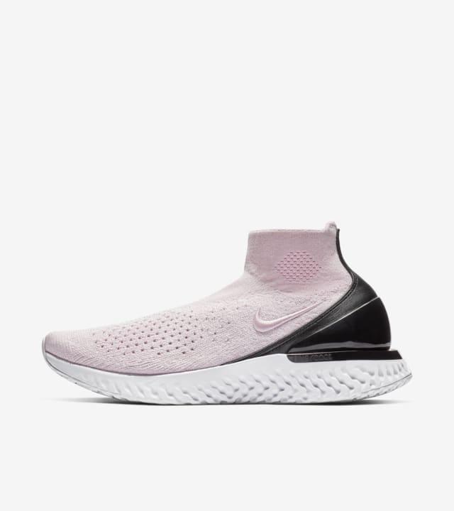 女款Rise React Flyknit 'Pink Foam \u0026amp