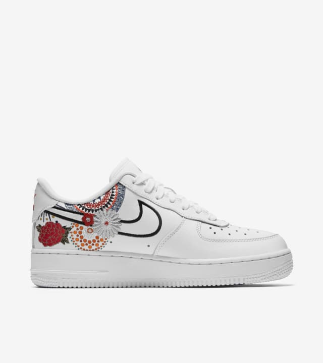 Nike Women's Air Force 1 LNY 'White & Habanero Red' Release ...