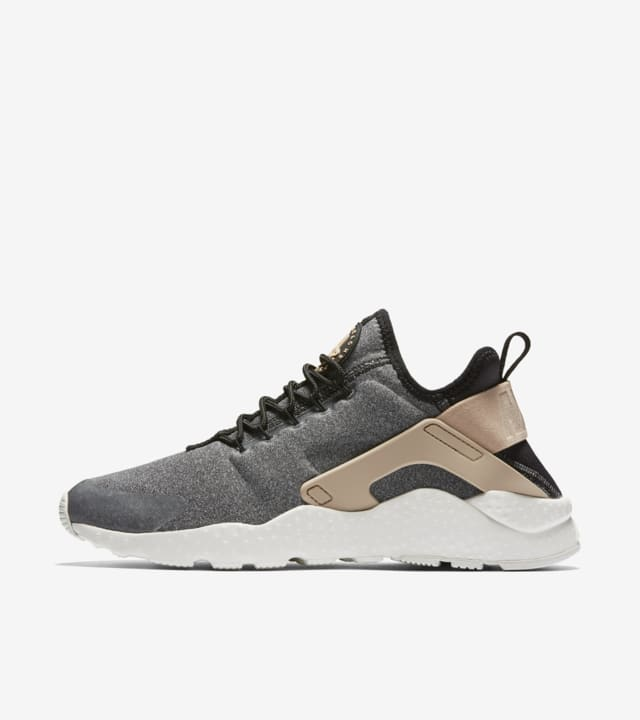 nike air huarache run ultra nere