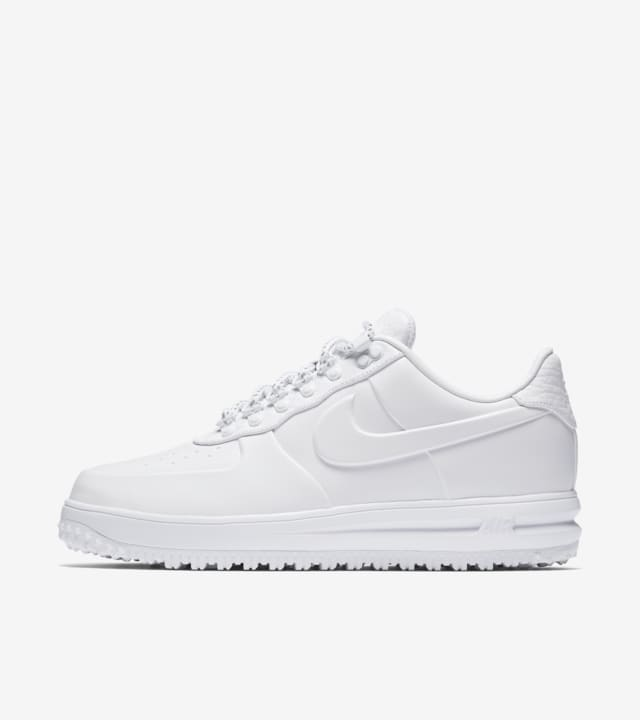 cada vez Anestésico Zumbido  Nike Lunar Force 1 Duckboot Low 'Triple White' Release Date. Nike SNKRS