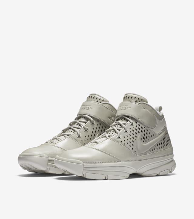 Nike Zoom Kobe 2 'FTB' Release Date