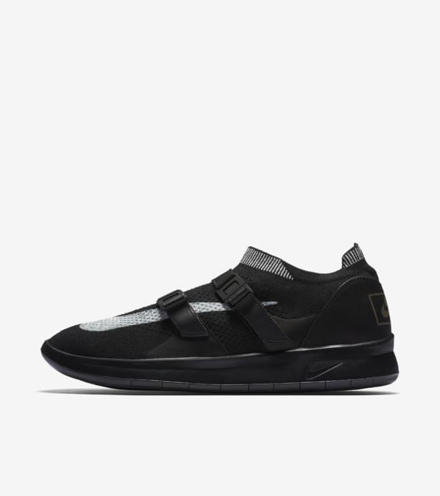 tijeras entrega a domicilio Correctamente  Nike Air Sock Racer Ultra Flyknit 'Black & Sail' . Nike SNKRS