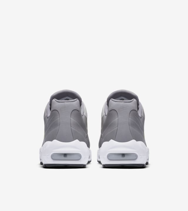 Date de sortie de la Nike Air Max 95 Big Logo « Dust &