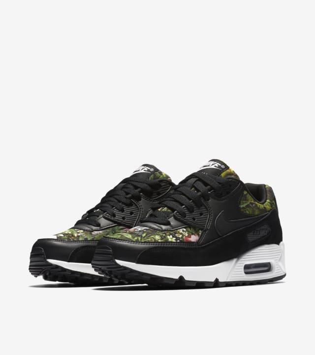 Nike Air Max 90 'Spring Garden'. Nike SNKRS