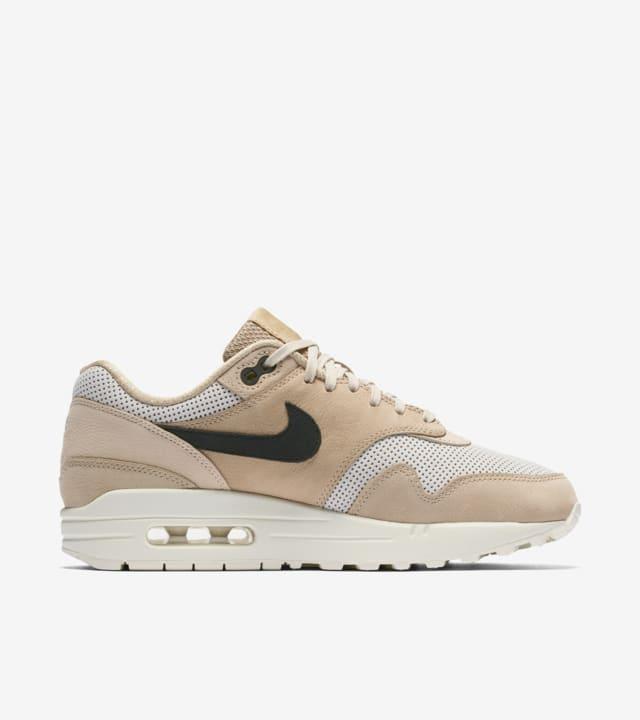 Intermedio calcetines Inspector  Women's Nike Air Max 1 Pinnacle 'Mushroom'. Nike SNKRS
