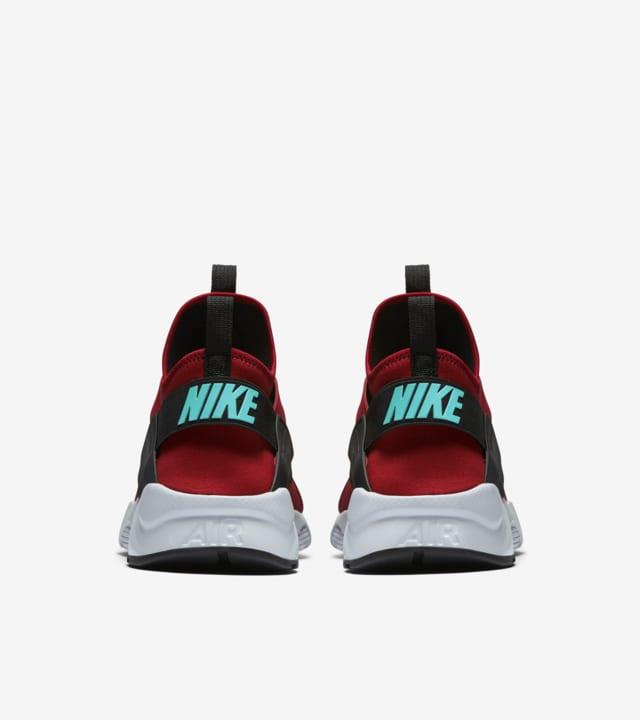 Nike Air Huarache Ultra 'Black \u0026 Red