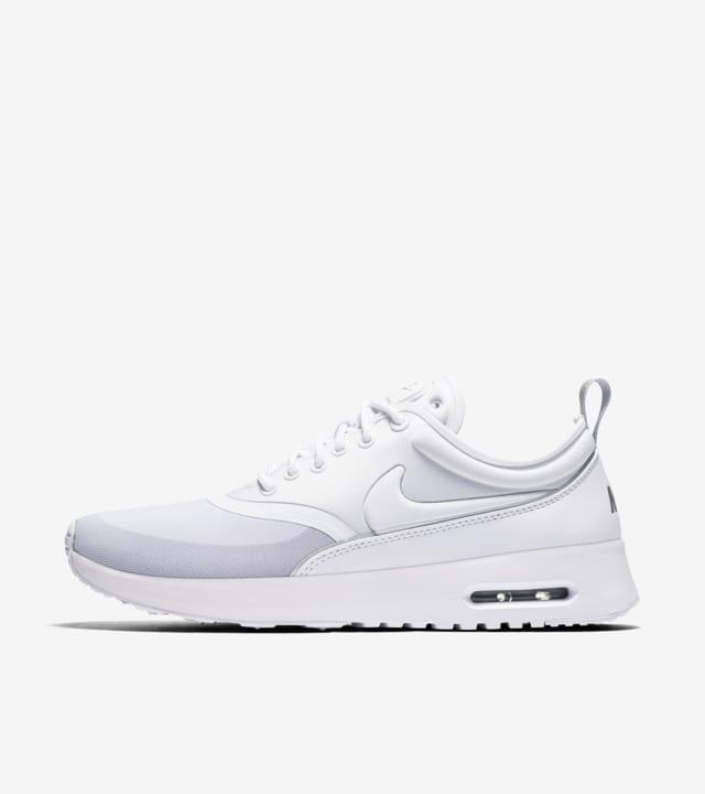 Honestidad Muy enojado Grifo  Women's Nike Air Max Thea Ultra 'White & Silver'. Nike SNKRS