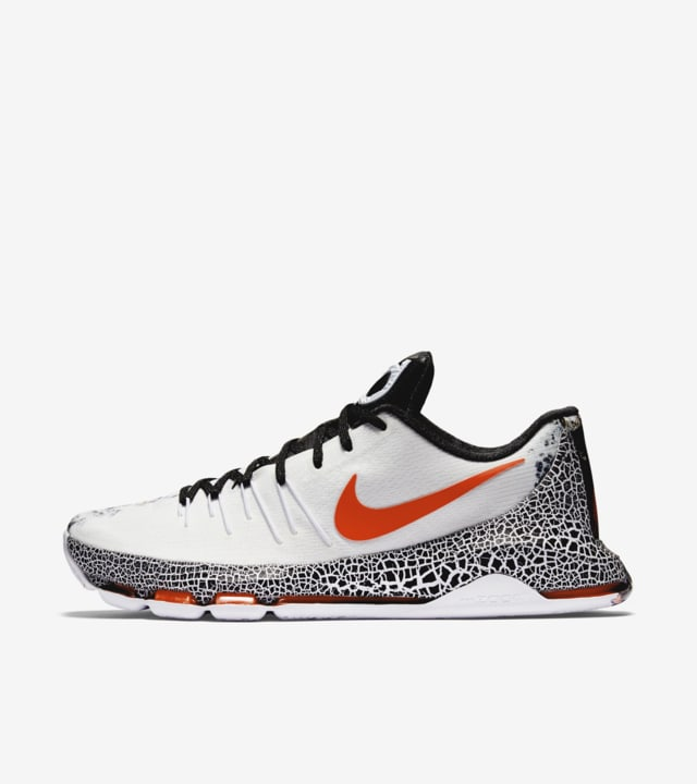 kd 8 fire and ice Kevin Durant shoes on