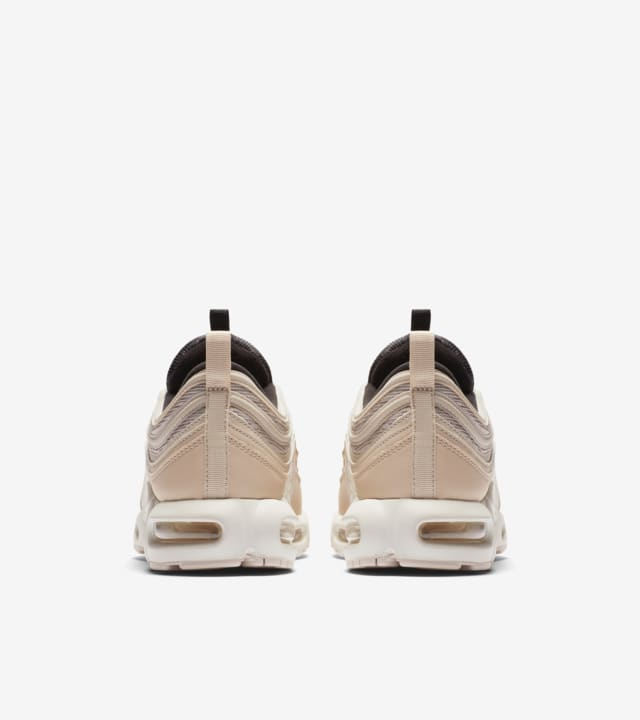 Date de sortie de la Nike Air Max Plus 97 « Light Orewood