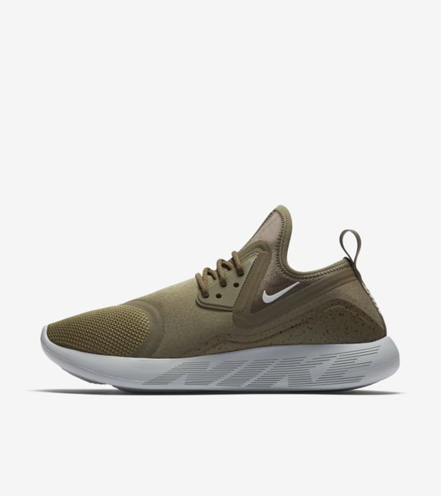 Women's Nike LunarCharge Essential