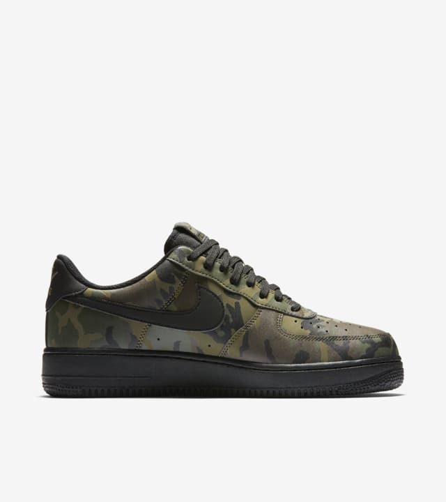 Normal mini Loco  Nike Air Force 1 Low 07 'Medium Olive Camo Reflective' Release Date. Nike  SNKRS