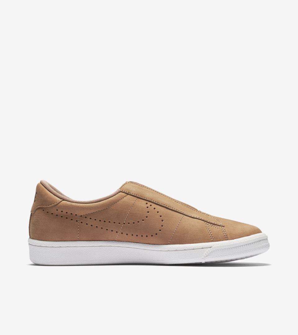 check out c5ad2 c000d womens-nike-tennis-classic-ease-dusted-clay.jpg