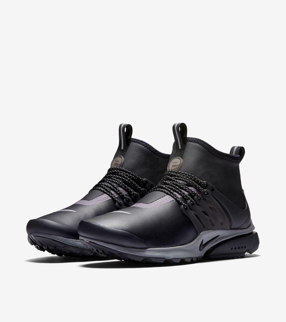 f6b463a232e2 Reflect amp  Sneakerboot Air Presto Nike  black Women s Utility Mid q18fwPgZ