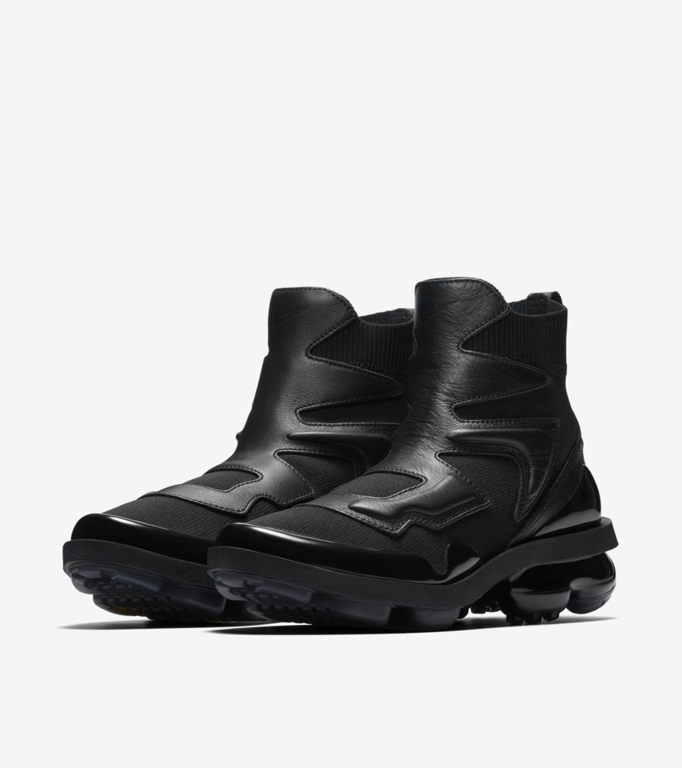 a317826485e55 Women s Vapormax Light II  Triple Black  Release Date. Nike⁠+ SNKRS