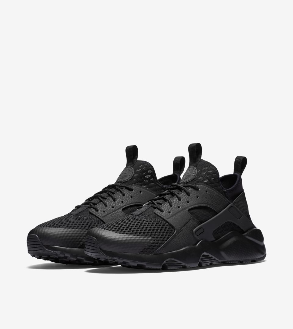 0ba717cd9eb0 Nike Air Huarache Ultra Breathe  Triple Black . Nike⁠+ SNKRS