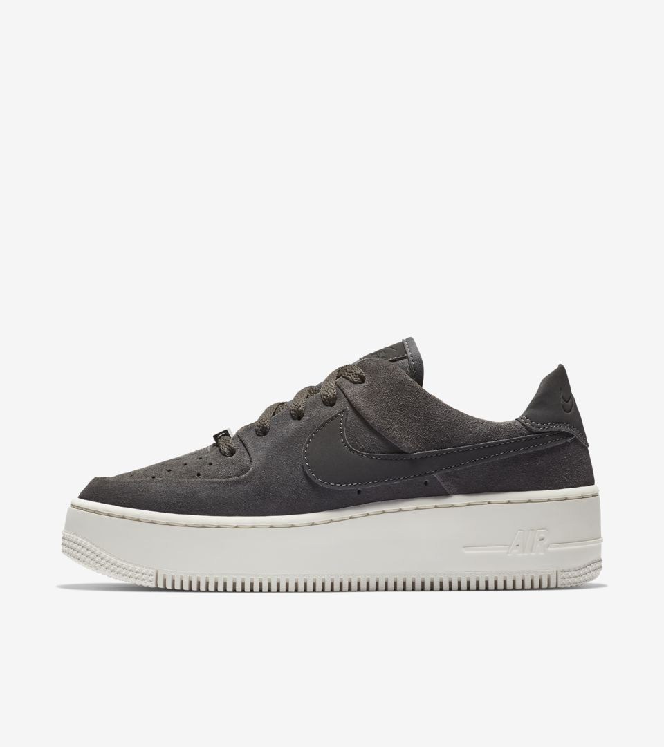 buy popular efce6 a458e Womens Air Force 1 Sage Low Night Stadium  Phantom Release Date. Nike⁠+  SNKRS