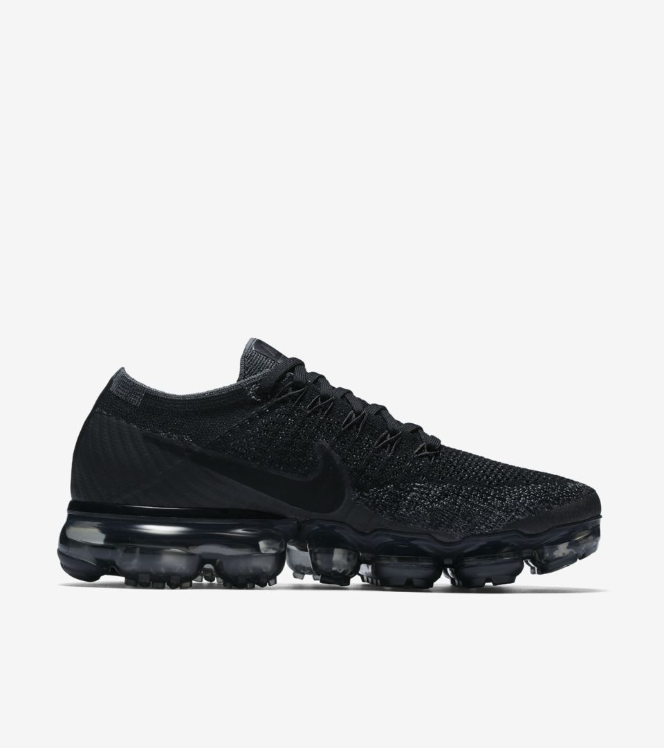 half off 7439f 41d22 Women's Nike Air VaporMax 'Black/Anthracite'. Nike⁠+ SNKRS