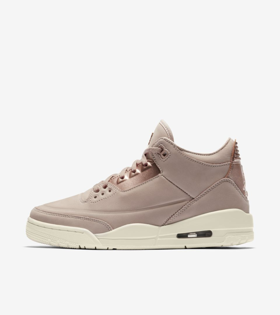 detailed look c9993 18b57 Women's Air Jordan 3 Retro 'Particle Beige & Metallic Red ...