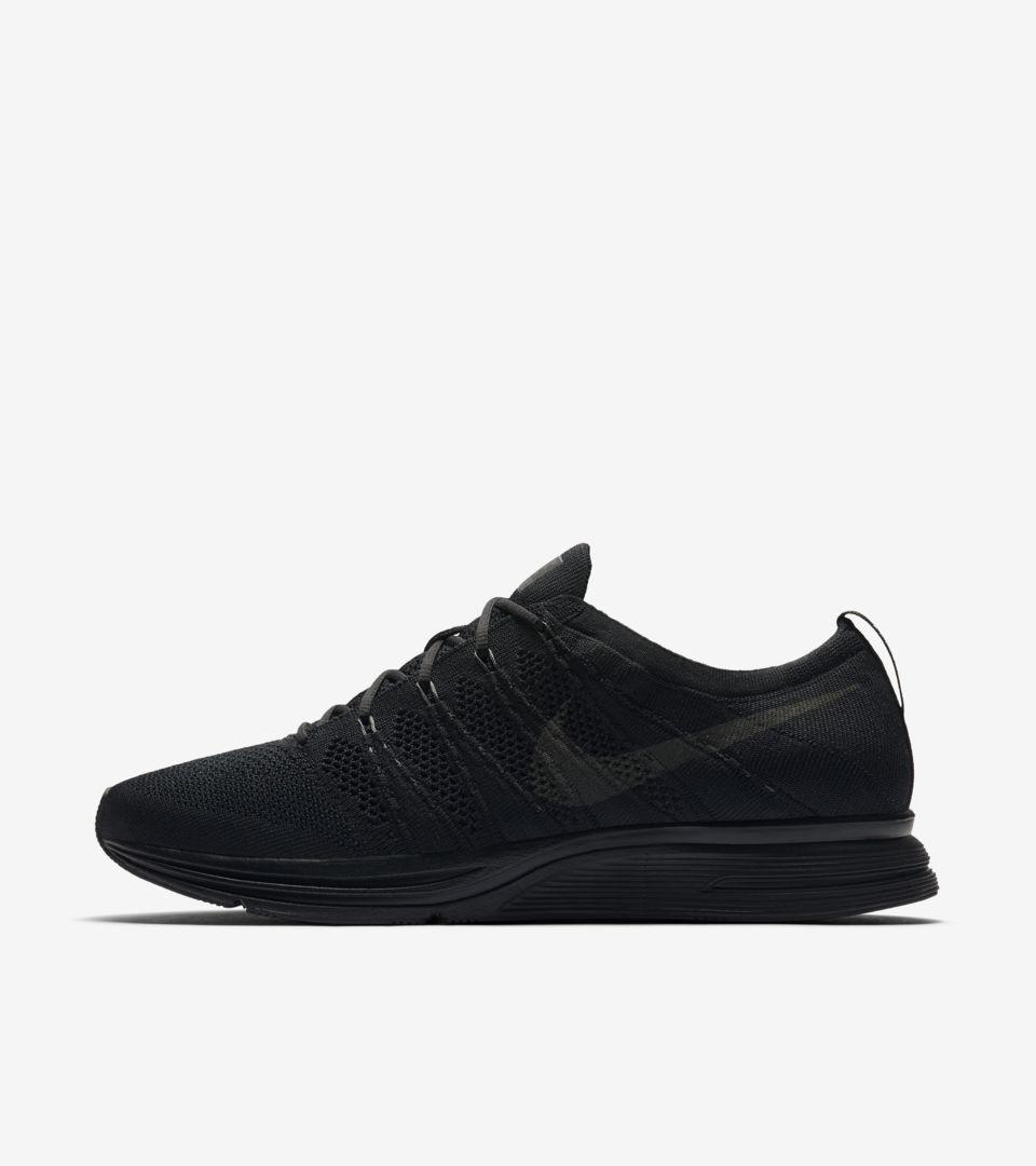 Date de sortie de la Nike Flyknit Trainer « Black &