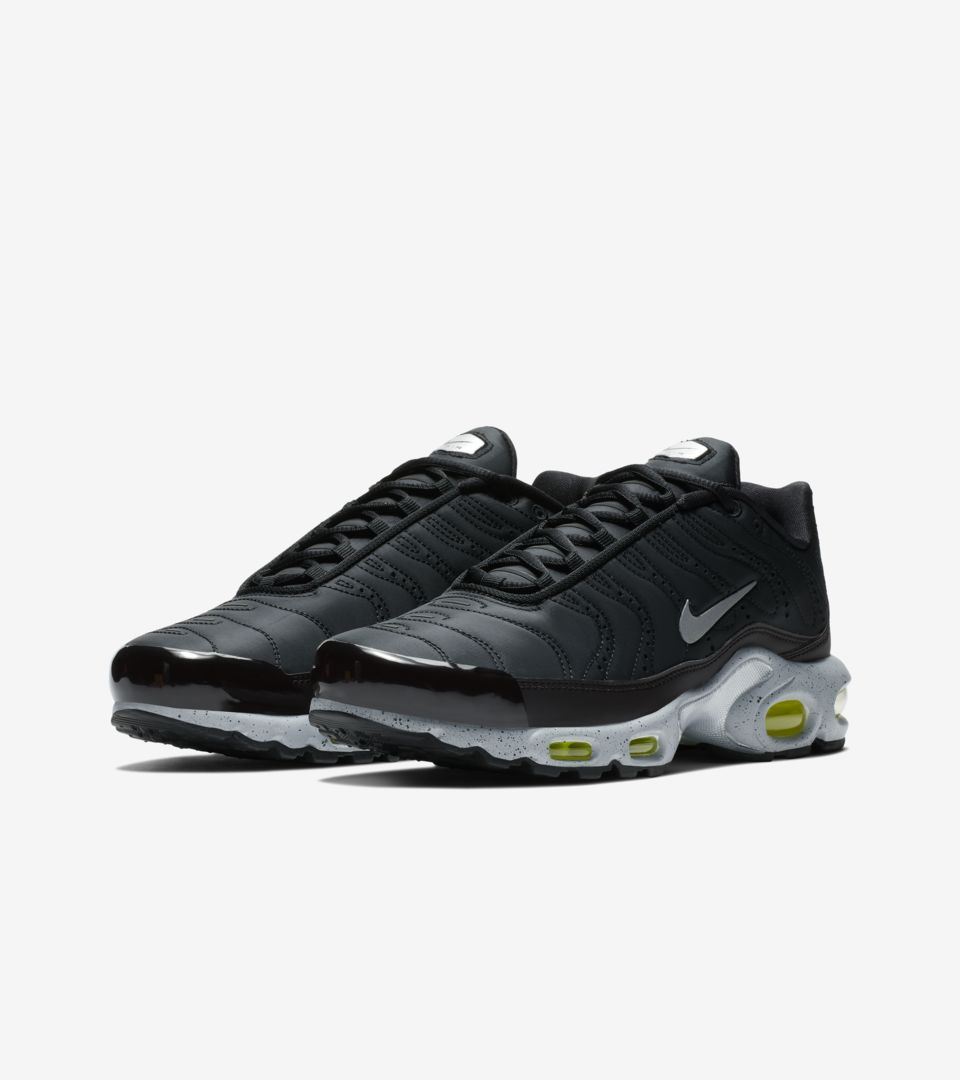 uk availability d25de d7c9d ... Nike Air Max Plus Premium  Black   Matte Silver   Volt  ...