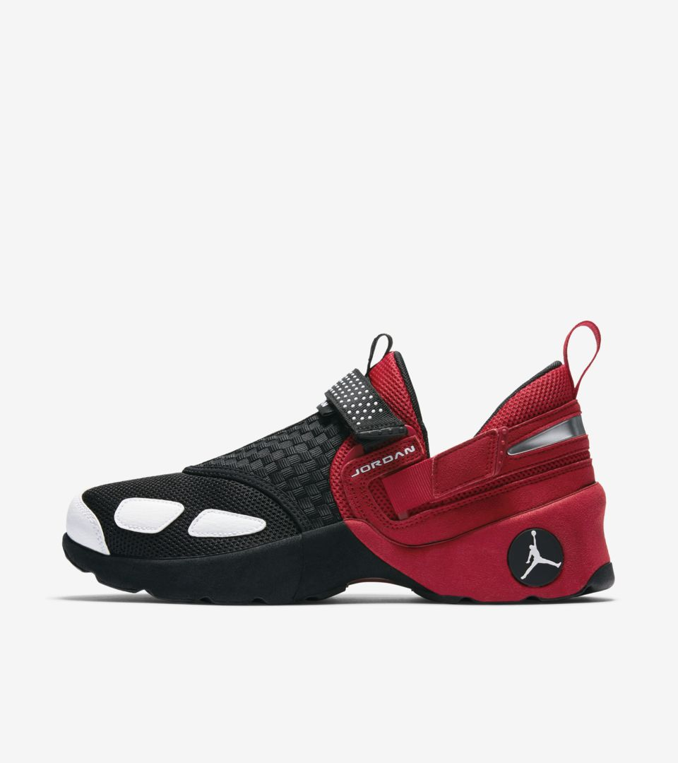 e61a9664c77331 Jordan Trunner LX OG  Black   Gym Red . Nike⁠+ SNKRS