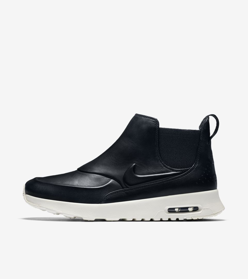 Nike Air Max Thea Mid 'Black & White' voor dames. Nike ...