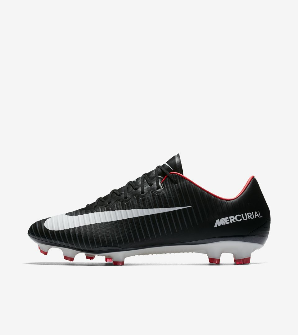 nike mercurial vapor 11 39 pitch dark nike football. Black Bedroom Furniture Sets. Home Design Ideas