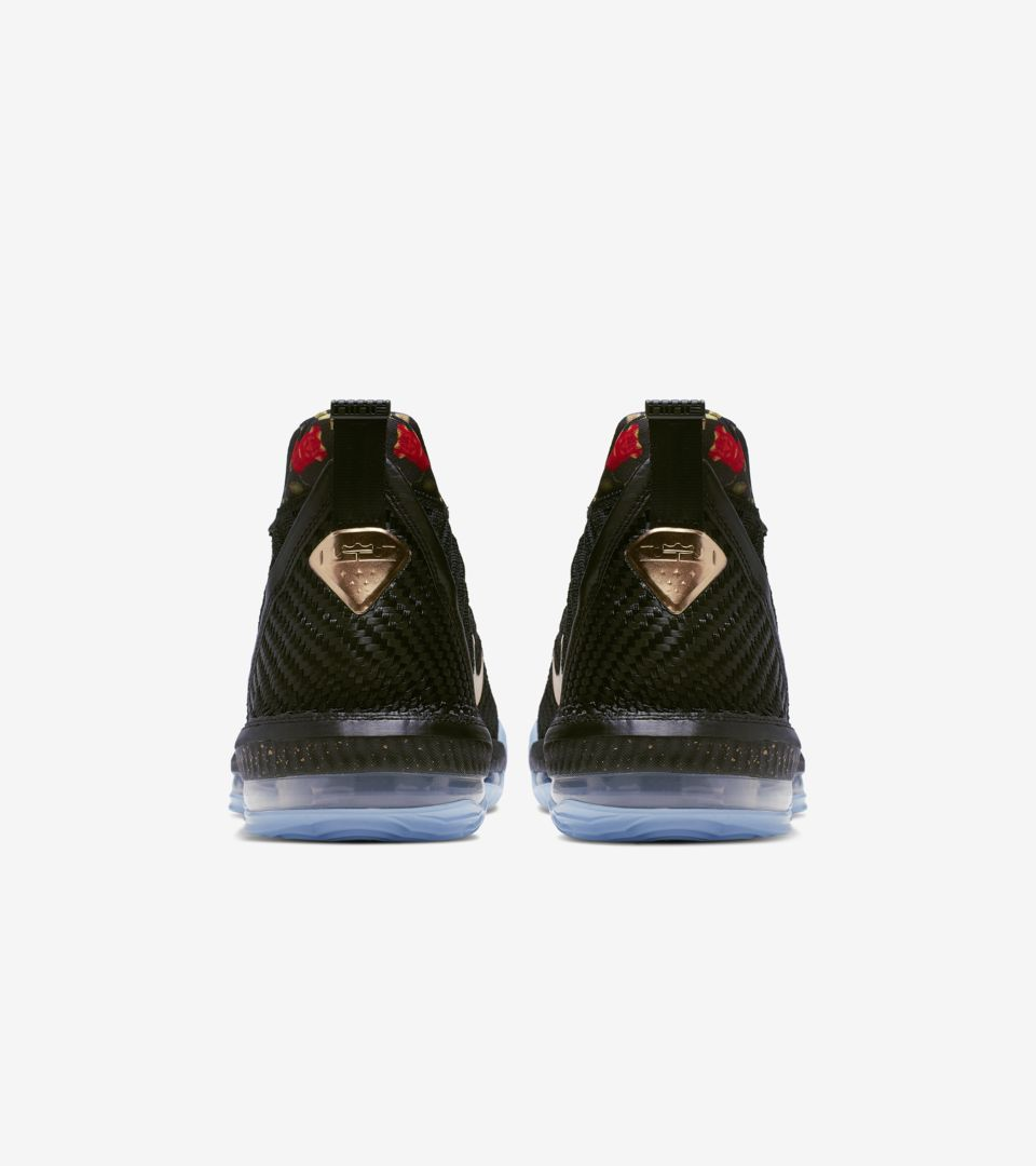 detailed pictures bef7a b7e46 LeBron 16. King s Throne