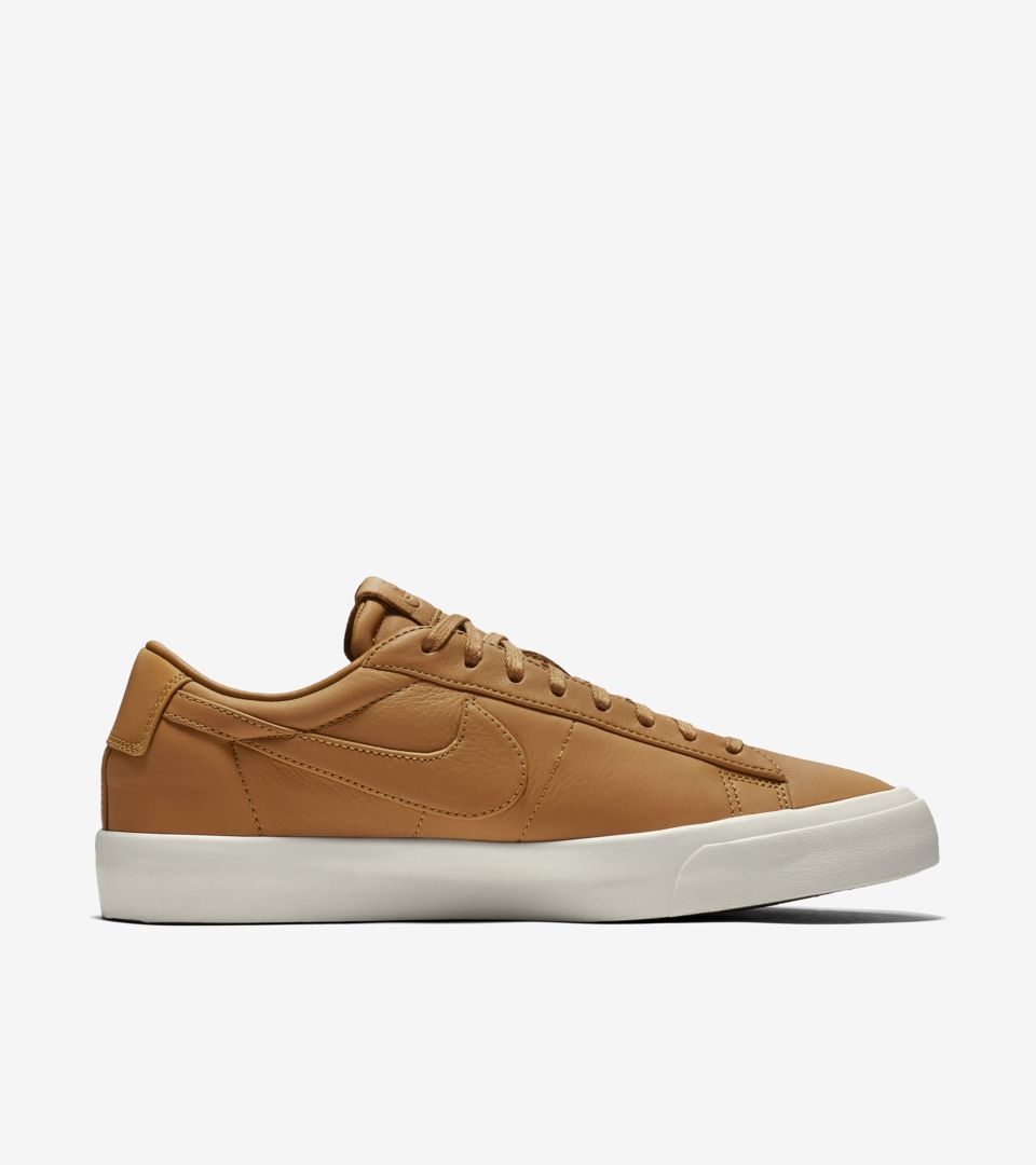 NIKELAB BLAZER STUDIO LOW