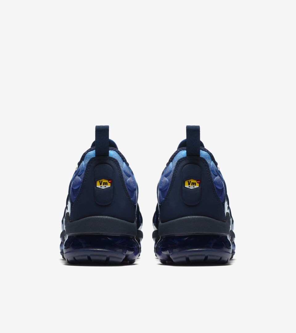 f5d4fbf1c286e9 Nike Air VaporMax Plus  Obsidian  amp  Photo Blue  Release Date ...
