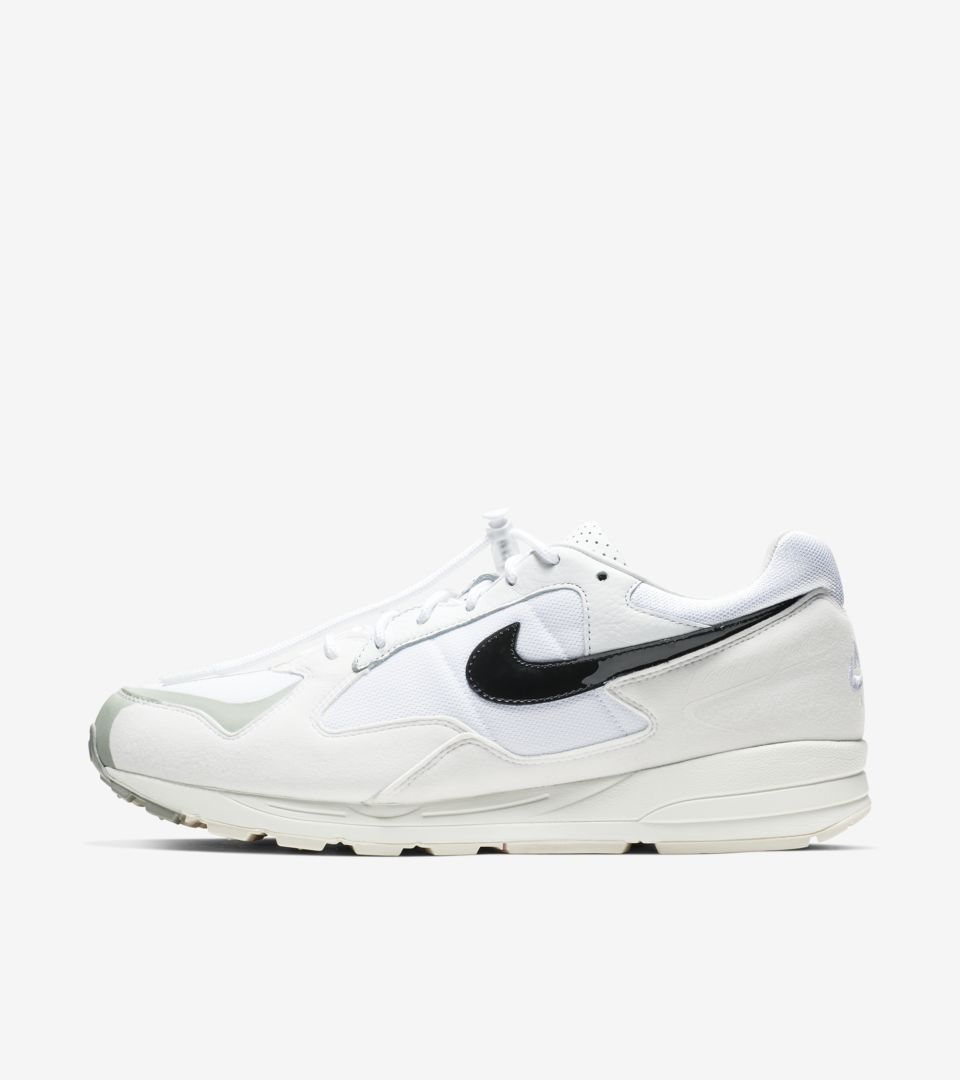 su barco sobre  Nike Air Skylon 2 Fear of God 'White' Release Date. Nike SNKRS GB