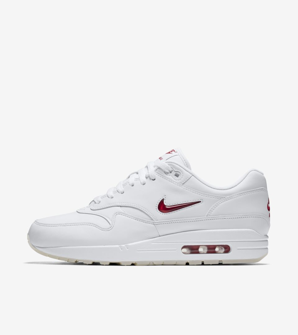 Air Max 1 Premium Jewel 'White & University Red' Release