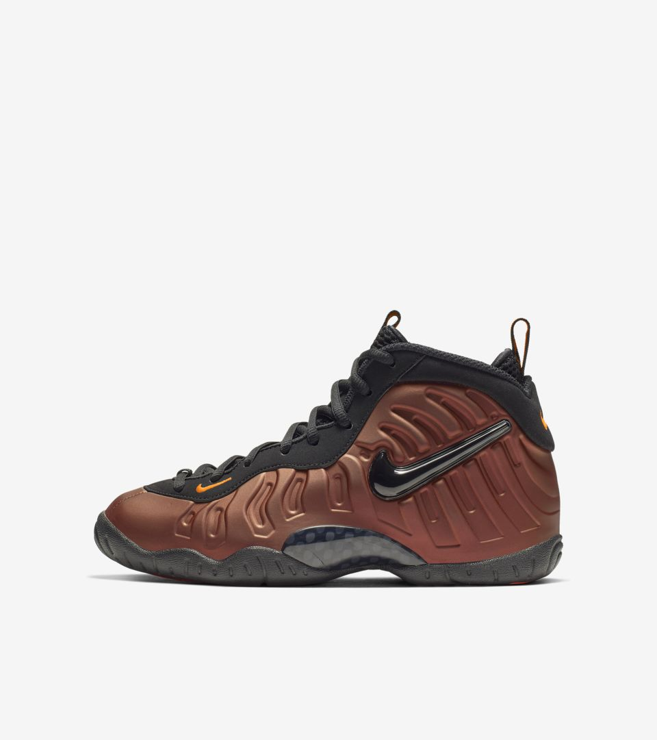 uk availability e0f5f 04b89 Big Kids  Air Foamposite Pro