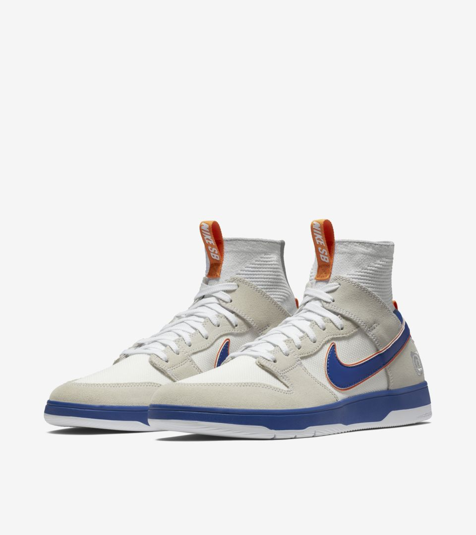 outlet store 38be7 34191 Nike SB Zoom Dunk High Elite Be@rbrick 'White & College Blue ...